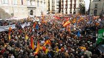 Ir al VideoSociedad Civil Catalana protesta contra el independentismo