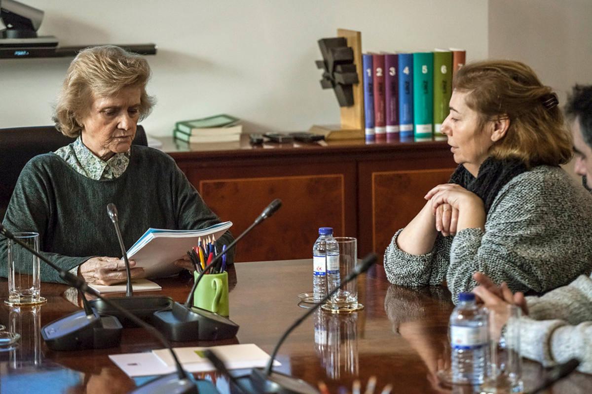 Soledad Becerril, Defensora del Pueblo, con los padres de Diego