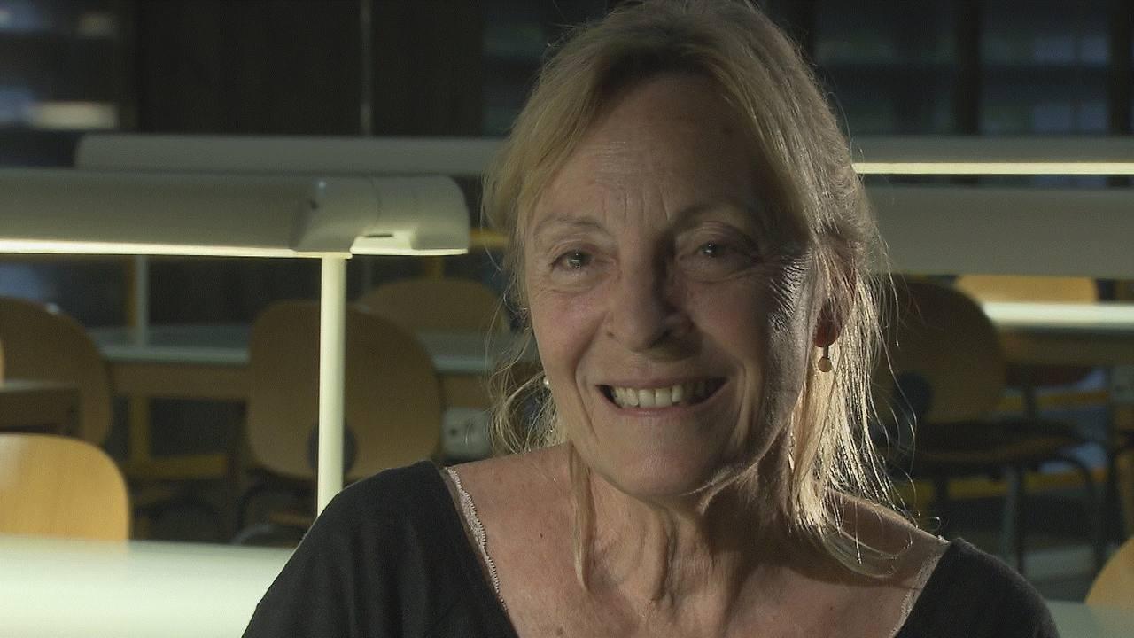 Soledad Puértolas nació el 3 de febrero de 1947 en Zaragoza
