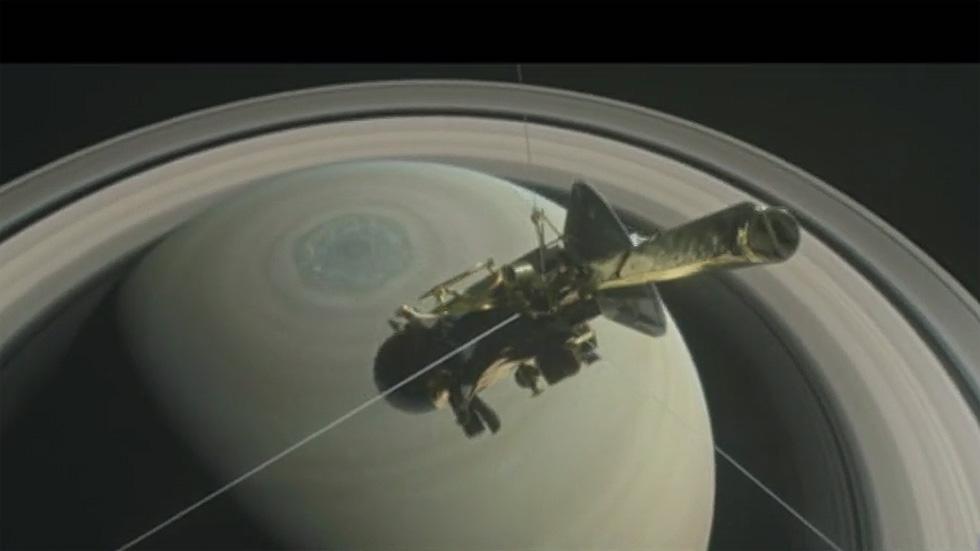 La sonda Cassini se despedirá después de 20 años por el espacio