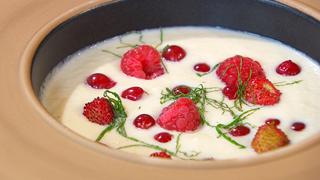 Torres en la cocina - Sopa de peras y frutos rojos