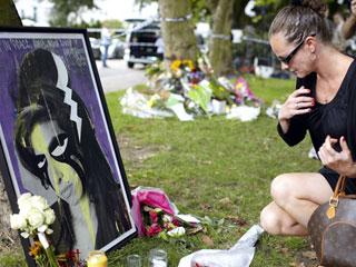 La casa de Amy Winehouse se ha convertido en un lugar de peregrinación para sus fans