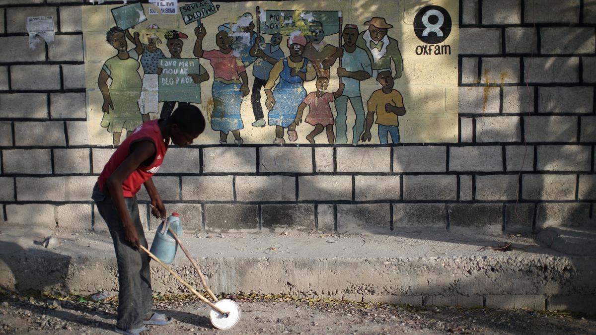 Ir al VideoSospechosos del escándalo sexual de Oxfam en Haití amenazaron a testigos