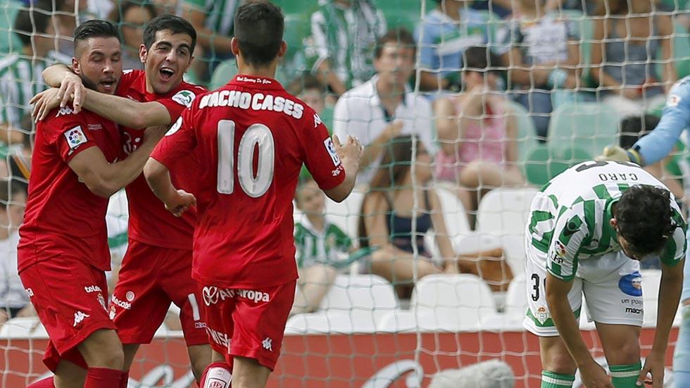 El Sporting regresa a Primera y el Racing de Santander desciende a Segunda B