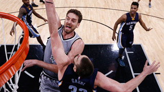 Los Spurs se apuntan el primer duelo entre los Gasol