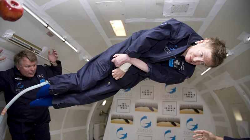 Stephen Hawking durante un vuelo en Gravedad Cero en 2007.