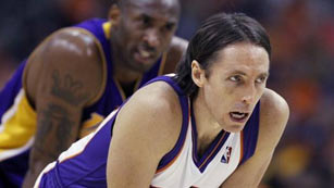 Steve Nash ficha por los Lakers