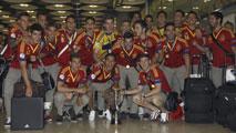 Ir al VideoLa sub-21 continúa las celebraciones en el aeropuerto de Madrid-Barajas