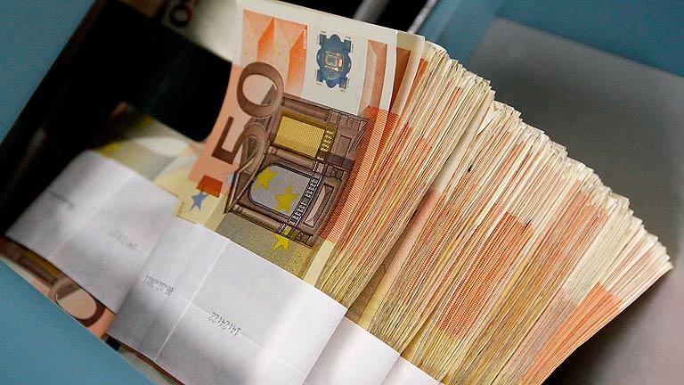 España capta 5.044 millones en letras a 12 y 18 meses y rebaja en medio punto el interés ofrecido