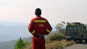 Un cabo primero de la Unidad Militar de Emergencias muere en el incendio de la Sierra de Gata