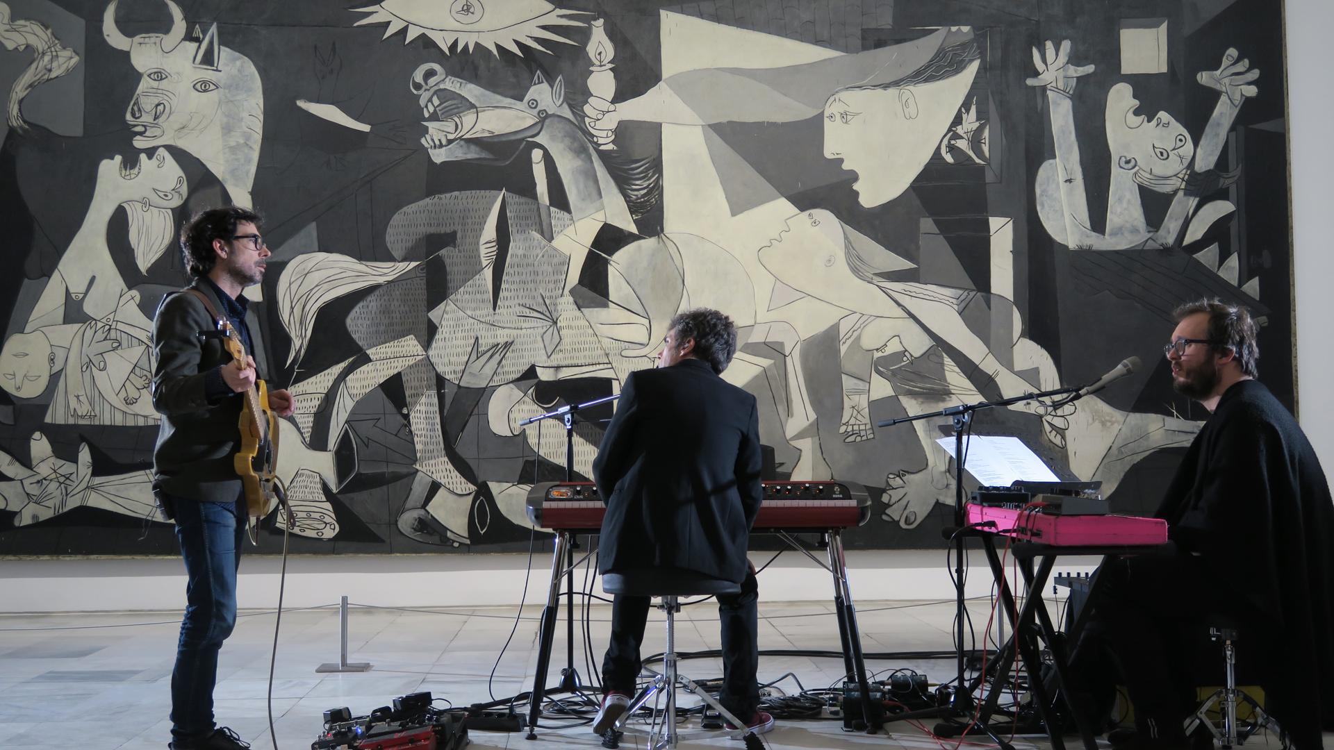 Suena Guernica - Iván Ferreiro, 'El pensamiento circular' (Teaser) - 02/06/17