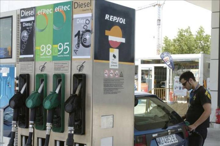 Surtidor de carburantes de una gasolinera