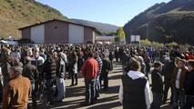 Ir al VideoTécnicos de la Junta de Castilla y León y de la empresa revisan el lugar donde se produjo el escape de gas grisú