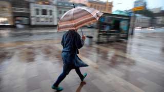 Las temperaturas subirán de forma progresiva  y seguirán los chubascos en el norte y el este