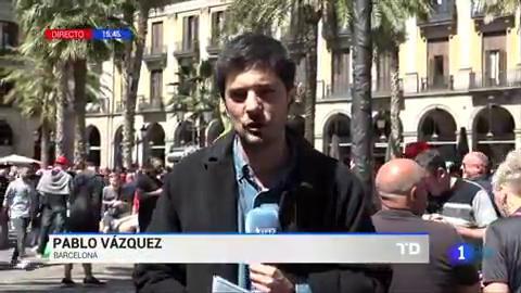 Ir al VideoTensa calma en Barcelona tras los altercados provocados por ultras del Liverpool
