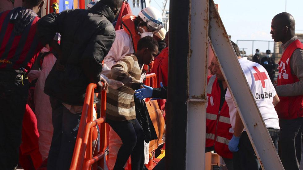 Tercer día de búsqueda de los inmigrantes desaparecidos en aguas de Almería
