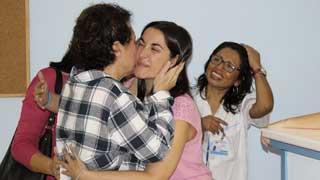Teresa Romero recibe sus primeras visitas