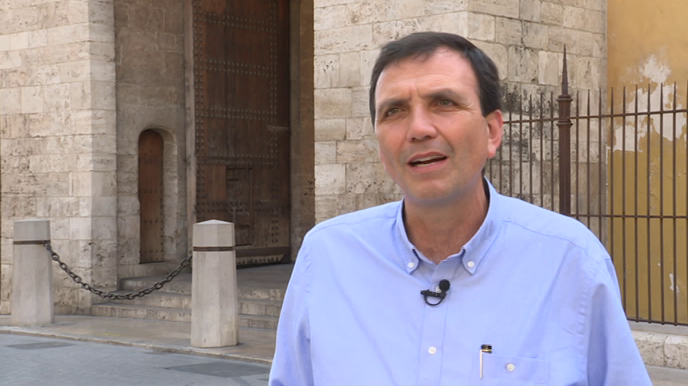 Ir al VideoTestimonio - Doctrina social de la Iglesia y Economía