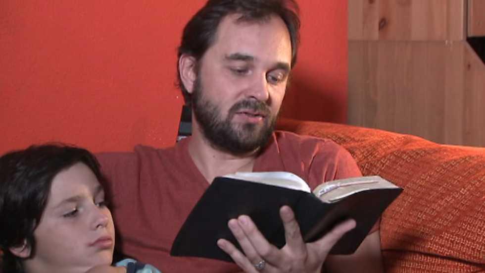 Buenas noticias TV - Testimonio de Joel y María José