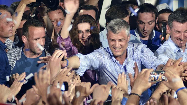 El primer ministro Thaci renueva su tercer mandato al frente del gobierno de Kosovo
