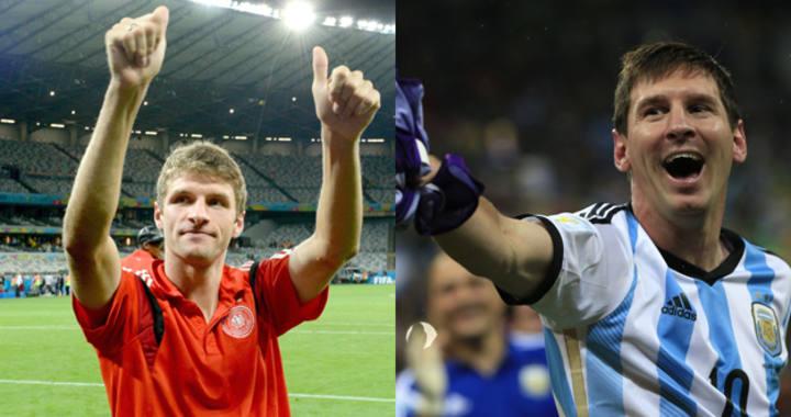 Thomas Mueller y Lionel Messi con sus camisetas de Adidas