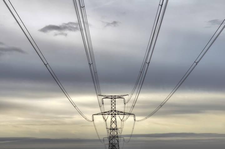 Torre de conducción eléctrica