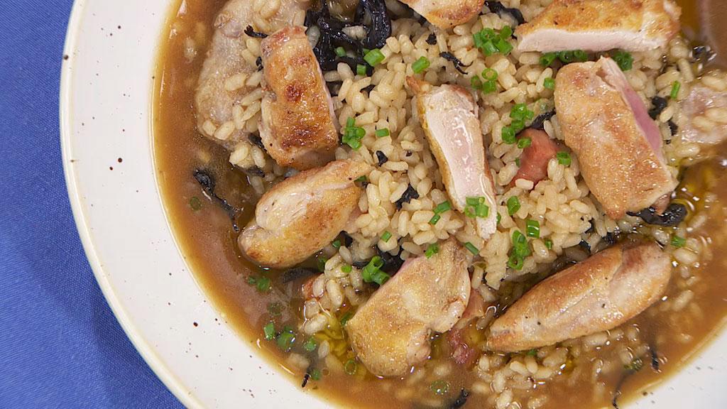 Receta de arroz caldoso con setas y codornices for Arroz con setas y trufa