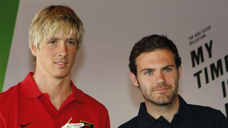 Torres y Mata se incorporan a la concentración de la 'Roja'