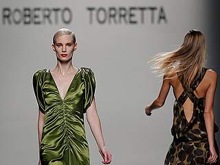 Roberto Torretta presenta a una mujer entre el pasado y el futuro