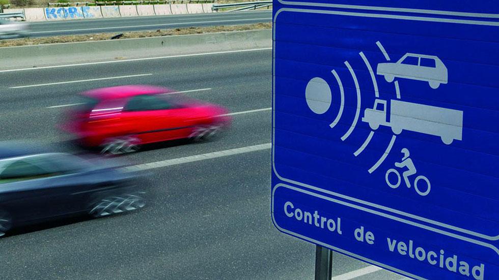 Tráfico mantendrá su plan sobre los cambios en la velocidad con 130 km/h en tramos de autovías