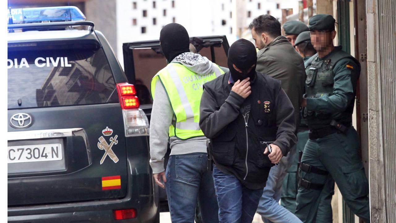 Trasladan al presunto yihadista detenido en la localidad riojana de Calahorra