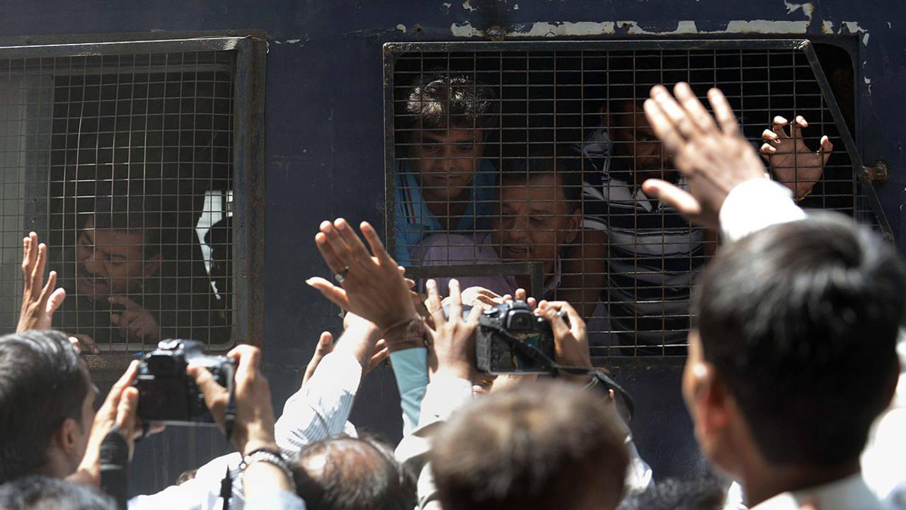 Traslado de varios de los acusados a la corte el pasado 9 de junio en India