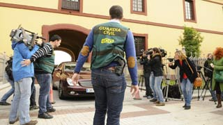 Treinta y dos detenidos por una trama de pagos a funcionarios