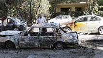 Ir al VideoLas tropas de Asad bombardean de nuevo la periferia de Damasco tras el ataque químico