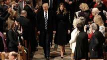 Trump asiste a un oficio religioso en Washington