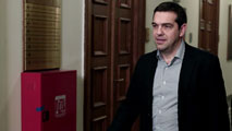 Ir al VideoTsipras expondrá el plan reformas en el Parlamento griego