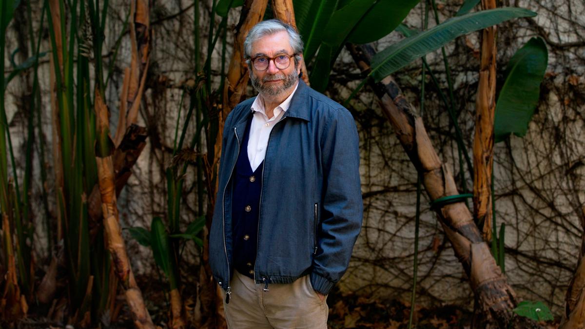 Ir al Video'Tus pasos en la escalera', la nueva novela de Antonio Muñoz Molina