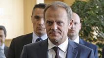 """Ir al VideoTusk dice que Grecia debe elegir entre la """"buena oferta"""" de los acreedores o el impago"""
