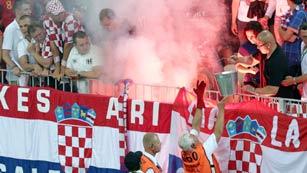 La UEFA multa a 7 selecciones