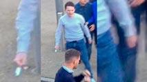 Ir al VideoUltras del Middlesbrough y del West Ham se enzarzan en una pelea