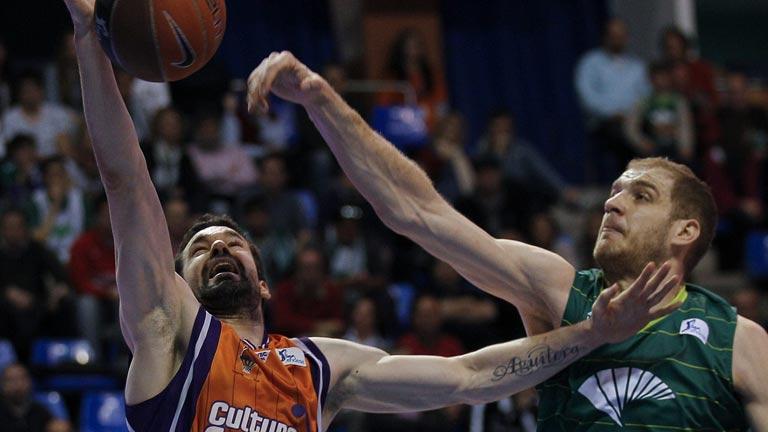 Unicaja Málaga 58-68 Valencia Basket