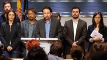 Ir al VideoUnidos Podemos presiona al PSOE y CS con una moción de censura contra Rajoy