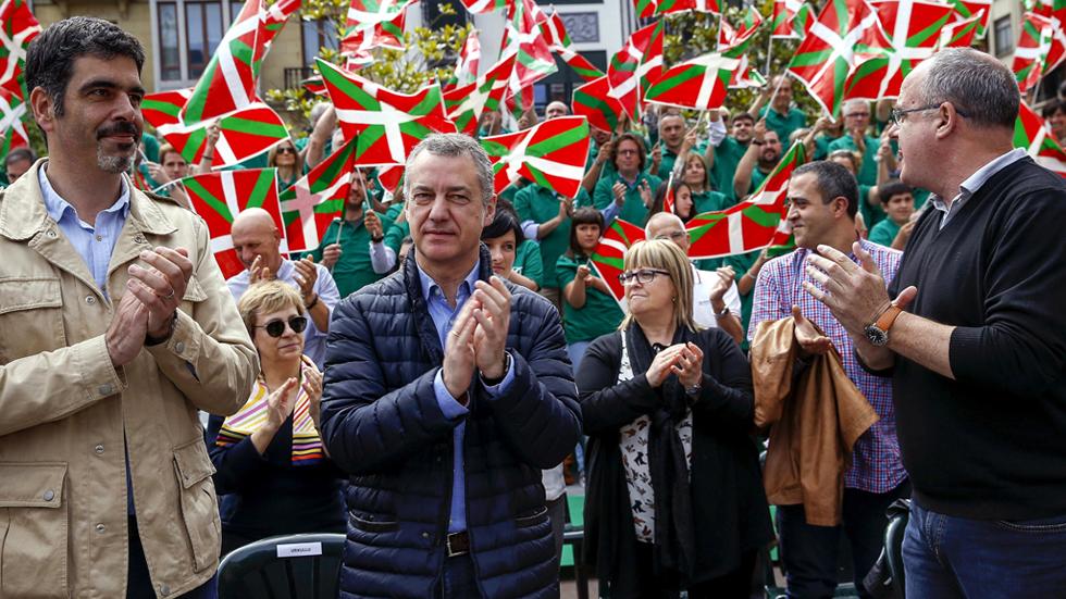 """Urkullu pide el voto al PNV para """"defender las joyas del autogobierno"""" vasco"""