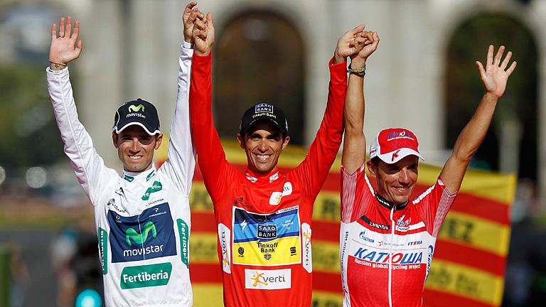 Valverde y 'Purito' escoltan a Contador en el podio de la Vuelta