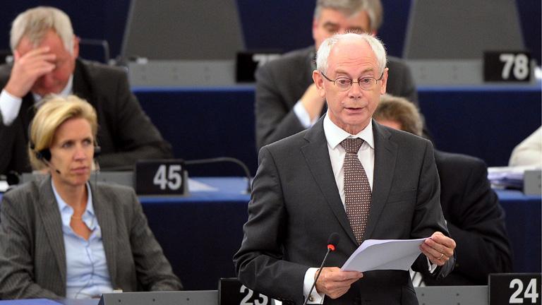 Van Rompuy: se podría recapitalizar algunos bancos antes de que nazca el supervisor europeo