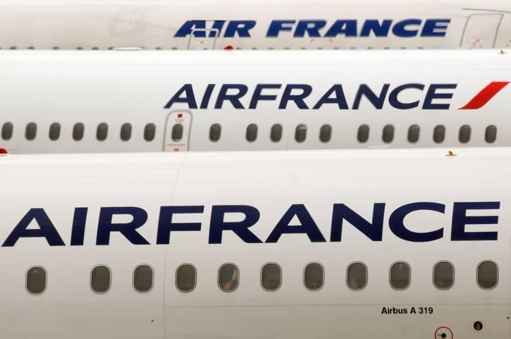 Varios aviones de Air France, aparcados en el aeropuerto de Roissy Charles de Gaulle