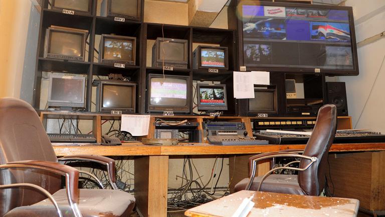 Varios heridos leves por una explosión en la sede de la televisión siria