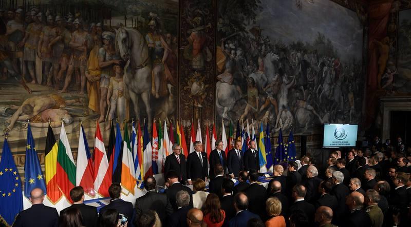 """Los líderes de la UE reafirman su """"unidad"""" 60 años después"""