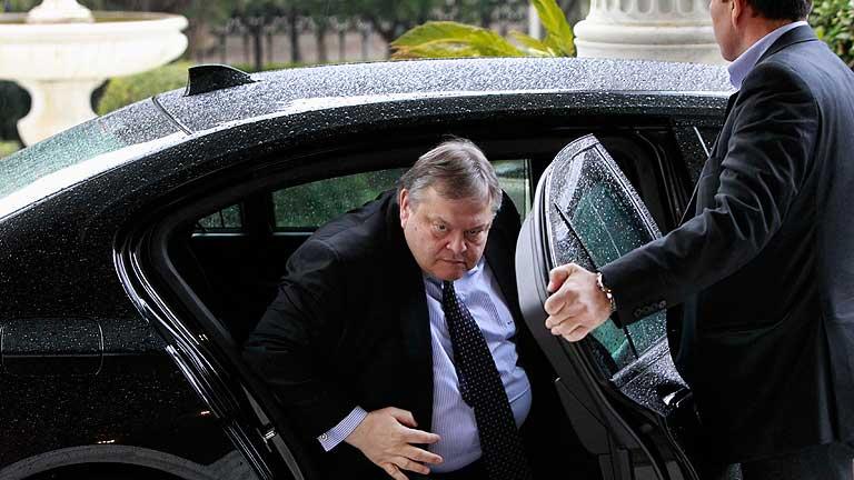 """Venizelos: """"Grecia está al borde del abismo"""", muchos quieren que deje el euro"""