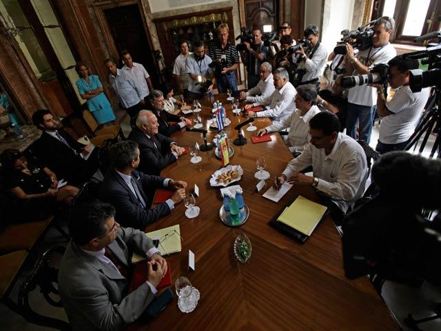 Moratinos se reúne con Bruno Rodríguez, su homólogo cubano